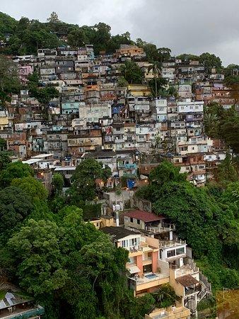 Sheraton Grand Rio Hotel & Resort: Next door dangerous slum