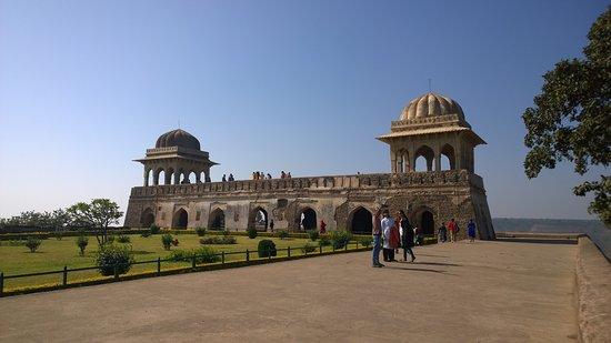 Rani Roopmati Pavillion: The PAvillion