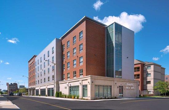 Hampton Inn & Suites Worcester
