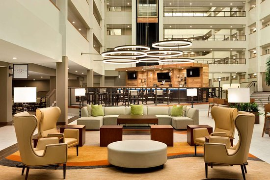 Embassy Suites by Hilton Milwaukee Brookfield