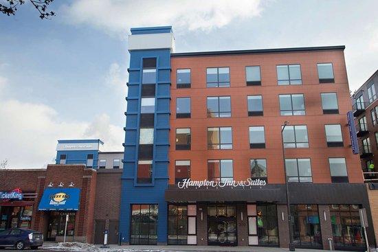Hampton Inn and Suites Downtown St. Paul