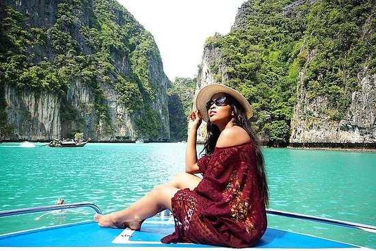 Isla Phi Phi en lancha motora de gama...