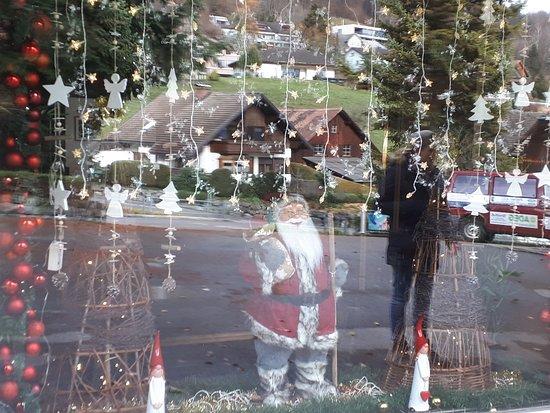 Klaus, Austria: Liebevoll