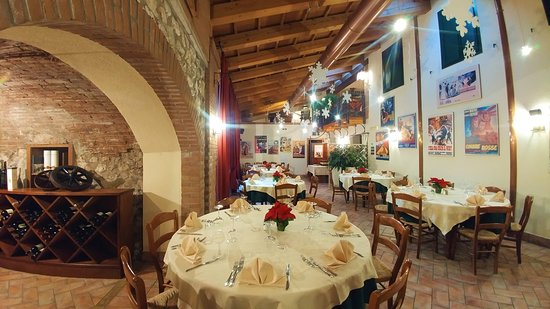 Chiuppano, Italy: Ambiente curato e cortesia per la buona riuscita dell'evento.