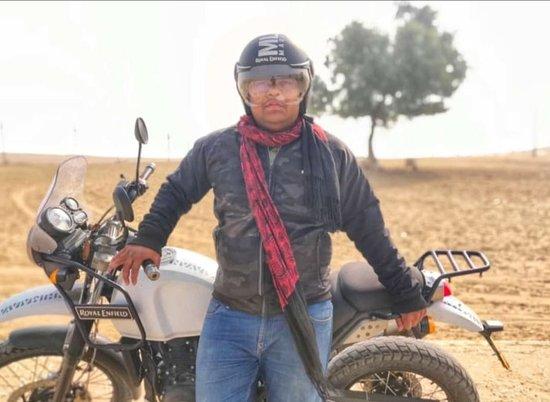 Desert Bikes: Royal Enfield Himalayan