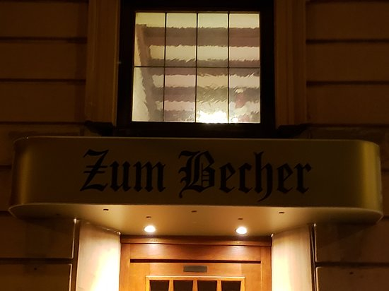 Gasthaus Zum Becher: Front entrance