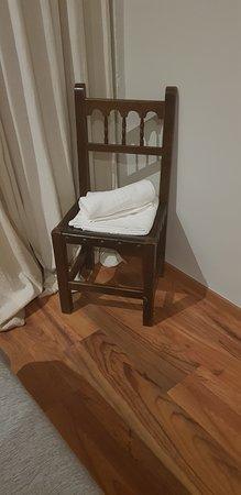 Motilla del Palancar, Spain: Toallas encima de las sillas