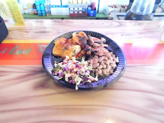 Catalina, AZ: Try one of the many Combination Platters; Chicken and Tri tip Beef or Chicken and Mahi are popular choices.