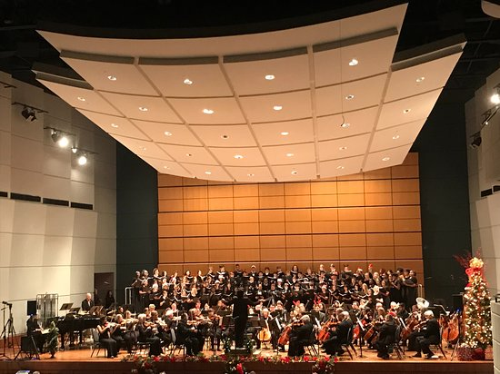 The Mesquite Symphony Orchestra performs with the choirs from Grapevine HS and Booker T. Washington HSPVA on their 12/15/18 performance.