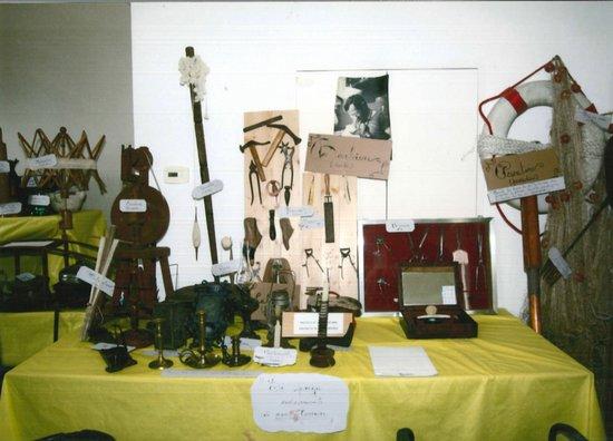 """Museo etnografico """"Catanai e Barlafus"""""""