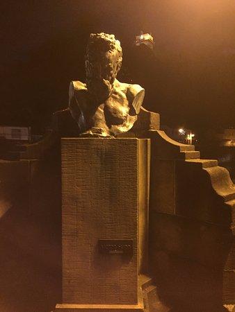 Bronze bust - Victor Hugo