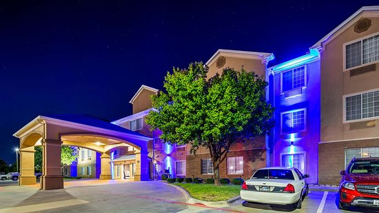 Welcome to the Best Western Plus Cutting Horse Inn & Suites!