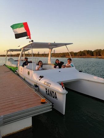 ‪Fit Solar Tech Boats Trading‬