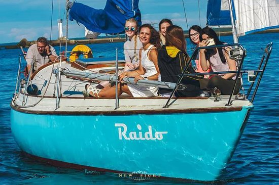 Yacht Raido- Day Trips