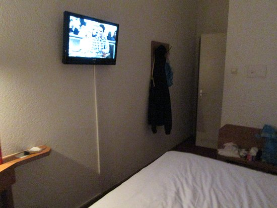Nicolaas Witsen Hotel: A basic double room.