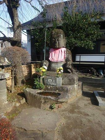 大きな石仏