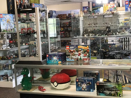 Atlanta Brick Co: Very unique Lego(R) items for sale you will not find any place else.