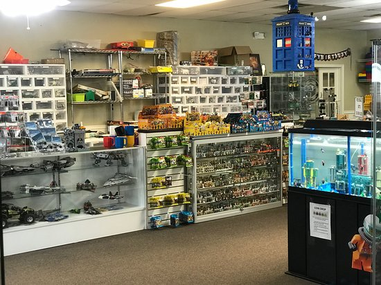 Atlanta Brick Co: We have almost 100% of the Lego(R) Collectible Minifigures in stock and millions of sorted Lego(R) parts to buy individually.