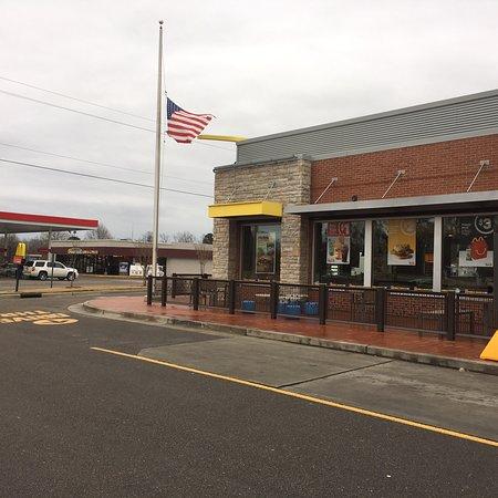 Rocky Point, NC: McDonald's