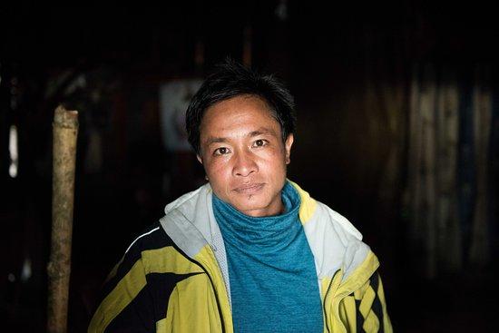 Amazing Lao Travel: Mor, expert guide.