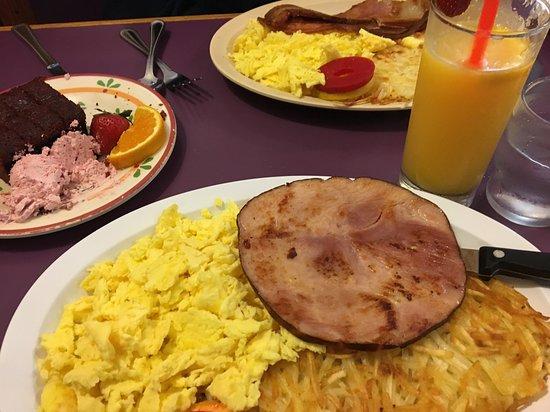 Seaview, واشنطن: Ham and eggs