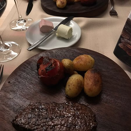 Munster, Switzerland: Grillrestaurant Baschi