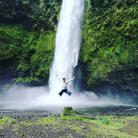 Misahualli, Ecuador: leap into the void! warterfall!