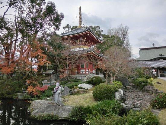 Anraku-ji Temple Tahoto