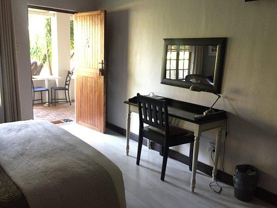 Newcastle, Afrique du Sud: Vanity area of room
