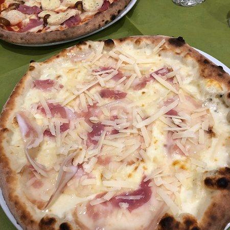 immagine Bar pizzeria da Nando In Napoli