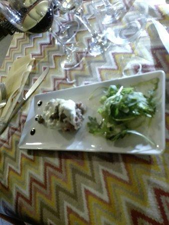 Siano, Italie : Salsiccia con provola di bufala DOP e porcini