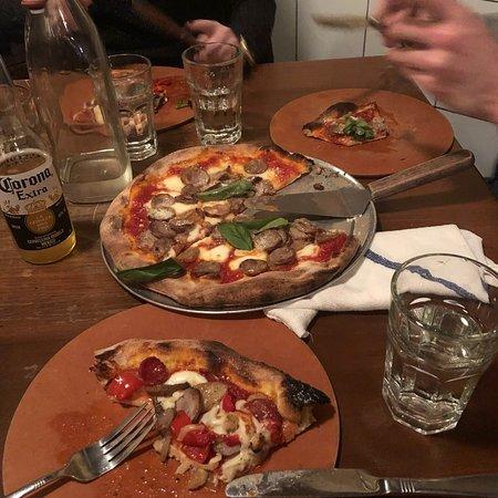 Capizzi New York City Hell S Kitchen Restaurant