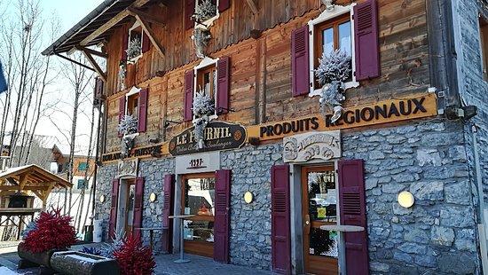 Boulangerie canon la chapelle d 39 abondance restaurant avis num ro de t l phone photos - Restaurant porte de la chapelle ...