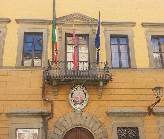 San Miniato, Olaszország: בית העיריה
