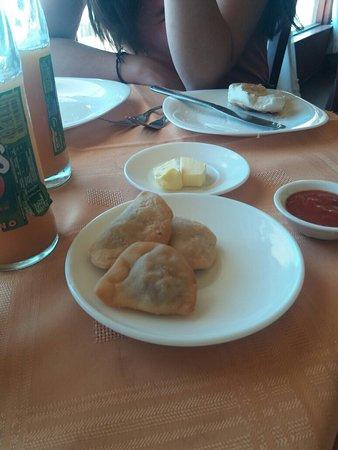 Penco, Chile: Empanadas de cortesia