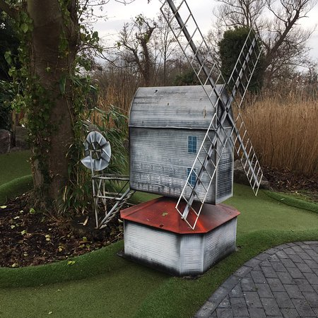 Great little mini golf course with models of The House in the Clouds and Thorpeness Windmill. Fun for all ages!