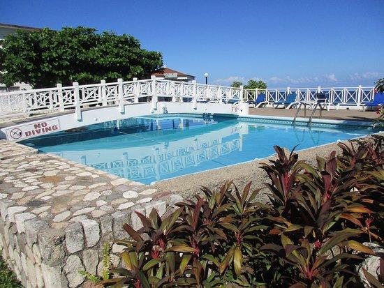 Hibiscus Lodge Hotel, Hotels in Ocho Rios
