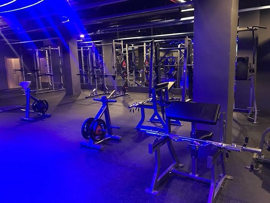 Fitness Hero Sports Club