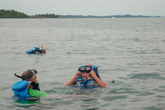 Snorkeling bersama Galang Bahari