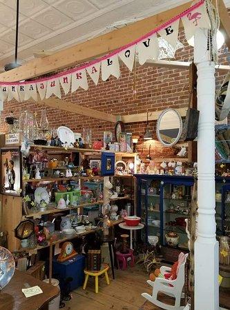 Bonnie Lu's Pink Lady Antiques