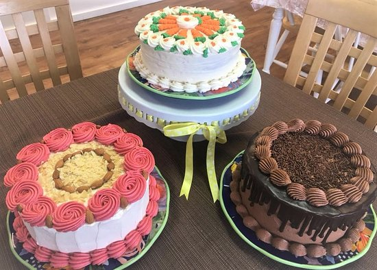 Tremendous Disappointing Birthday Cake And Cupcakes At High Price Gateaux Personalised Birthday Cards Vishlily Jamesorg