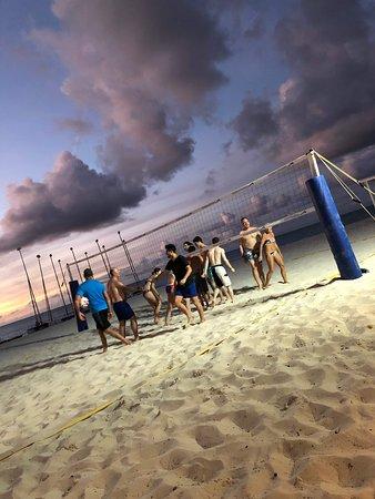 Parfait équilibre entre sports, fêtes et repos sur une magnifique plage