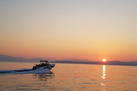 赫瓦爾島和帕克萊尼島 - 從斯普利特或特羅吉爾出發的私人遊船之旅