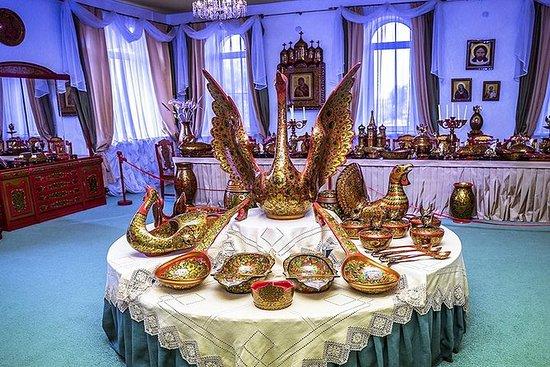 Nizhny Novgorod Tour till Semenov ...