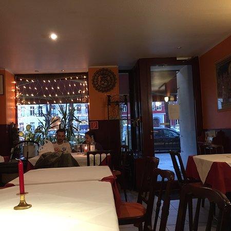 Nepal Haus Berlin Friedrichshain Kreuzberg Bezirk Restaurant