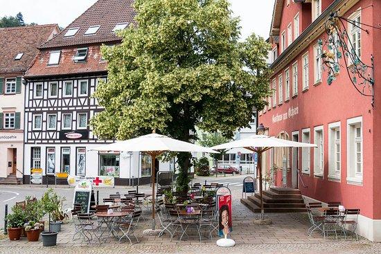 Нойенбюрг, Германия: Sommerlicher Biergarten