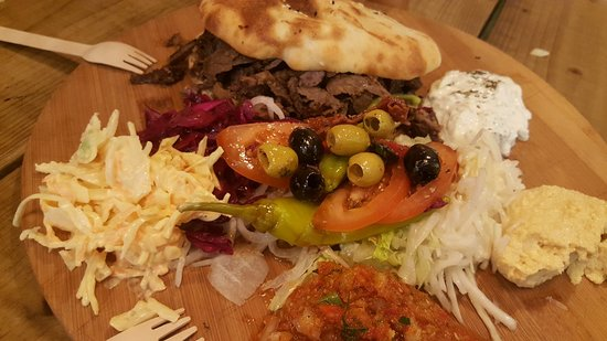 EaTurkish: THIS is how you should eat a doner kebab