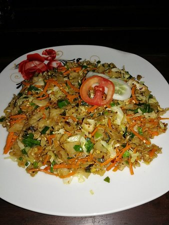 Priyamoon Cafe and SeaFood Restaurant: Kottu