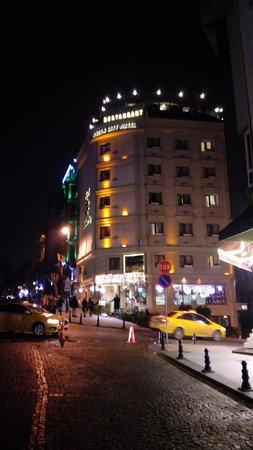 Hôtel placé idéalement pour la visite du centre historique d'Istanbul