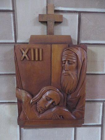 St. Mary's, UK: Stations of the cross
